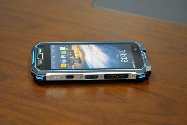 M5 Intrinsically safe smart phone